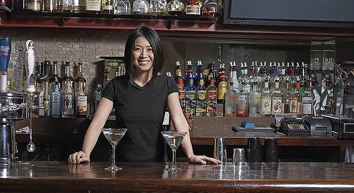 Hire A Bartender Service For Your Next Private Event